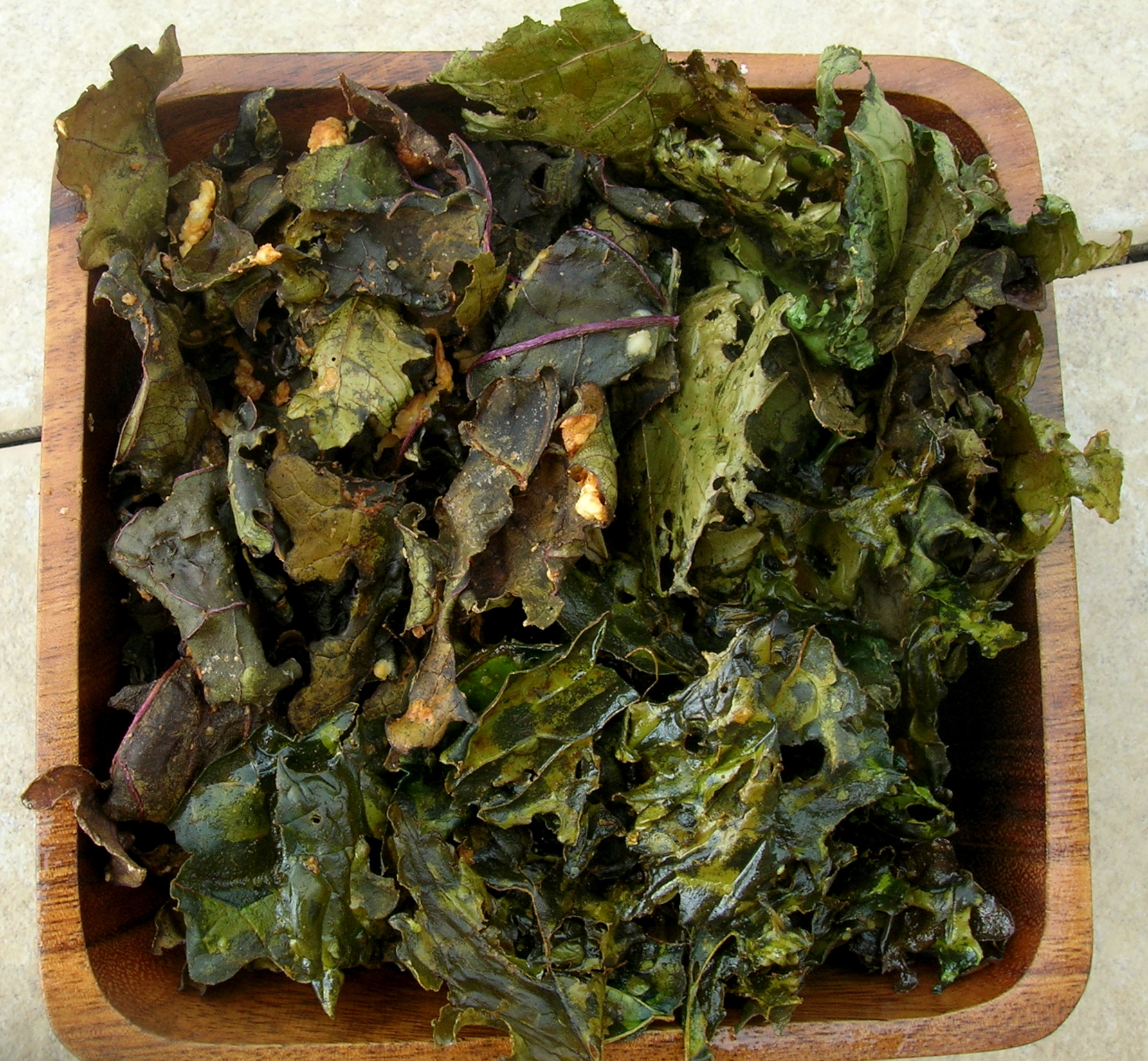 yum friday recipe easy breezy kale chips 4 ways your. Black Bedroom Furniture Sets. Home Design Ideas